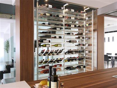 04 luxusna vitrina na vino gastroservis